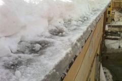 pulizia coperto da neve